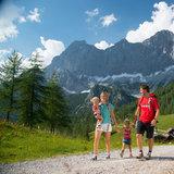 Familie am Dachstein - ©TVB Ramsau | Höflehner