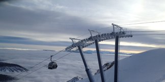 Big Time Savings at Ski Resorts this Spring - ©Mammoth Mountain