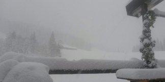 Raport śniegowy: W Alpach zaczęła się zima – w Austrii spadło do 120 cm śniegu