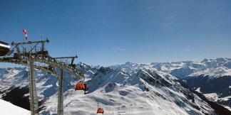 Austria: Narciarz udusił się po upadku w śnieg - ©Markus Hahn