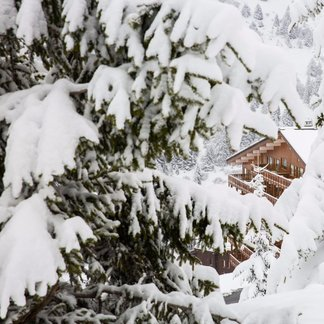 Alpy pod sněhem 28.4.2017 - ©facebook Meribel