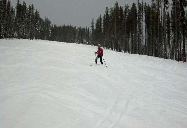went monday! about 6-8 inches!  and still snowing!  was great!