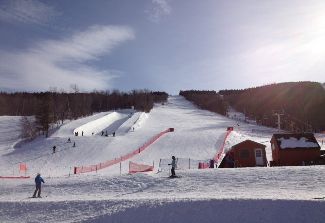 Phenominal day at Sunday River today! Blue bird skies, warm temps and spring-like softness! Best of all, no lines!