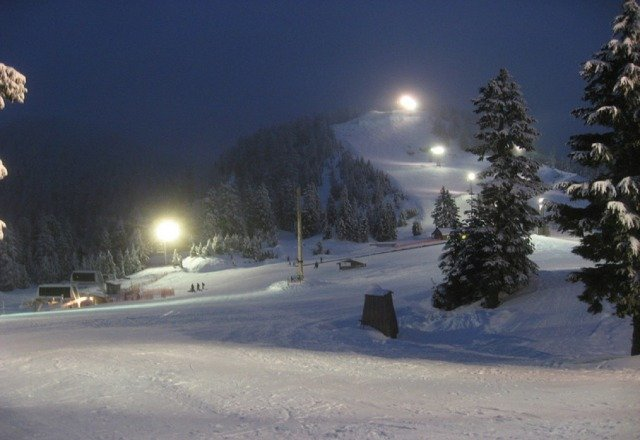 Not a bad night for skiing. It's a little icy however. Conditions could be improved!!!