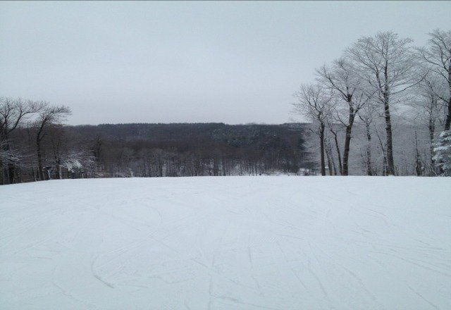 great conditions! terrain parks arent all open yet!