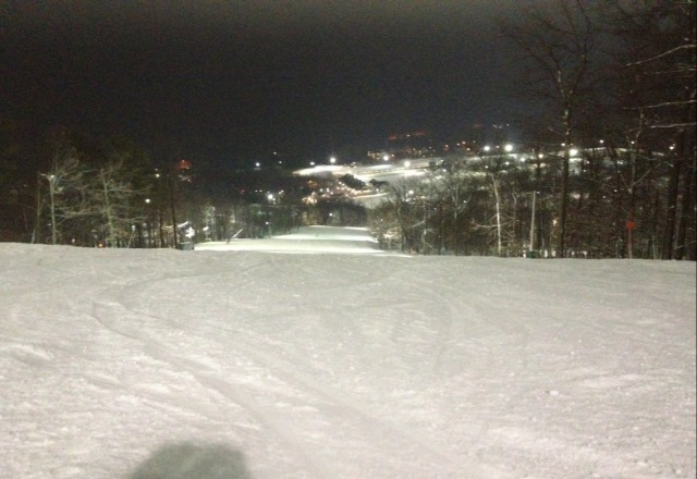 went last night great man made snow no lines, im glad they dont mind making snow for us great job