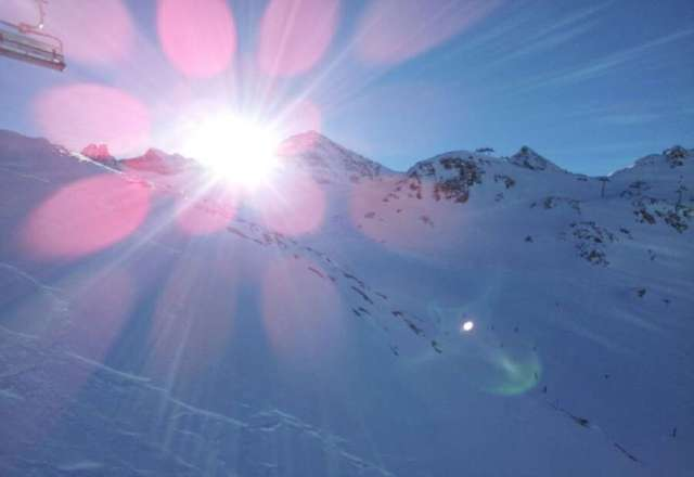 Not bad. Like the open Alp feel, lots of off-piste. But needs more fresh snow this week. Old powder is windblown.