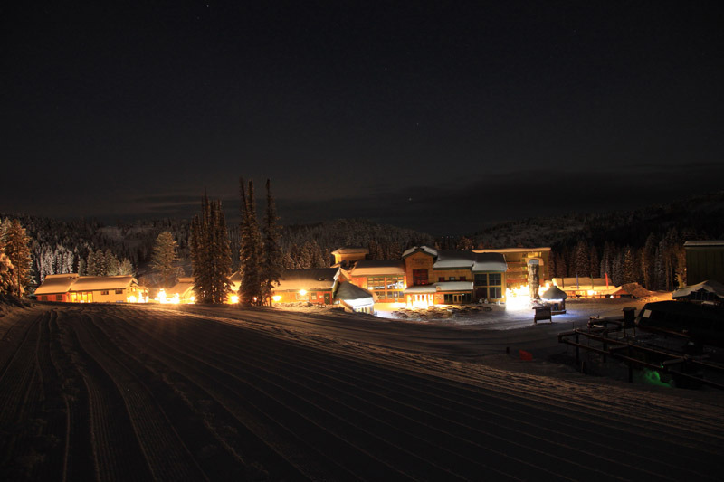 Targhee's small base village is part of its charm. You won't find fancy hotels, but there are comfortable condos, a log lodge, a hot tub, ski shop, general store, a bar, and a couple of restaurants. Photo courtesy Grand Targhee Resort