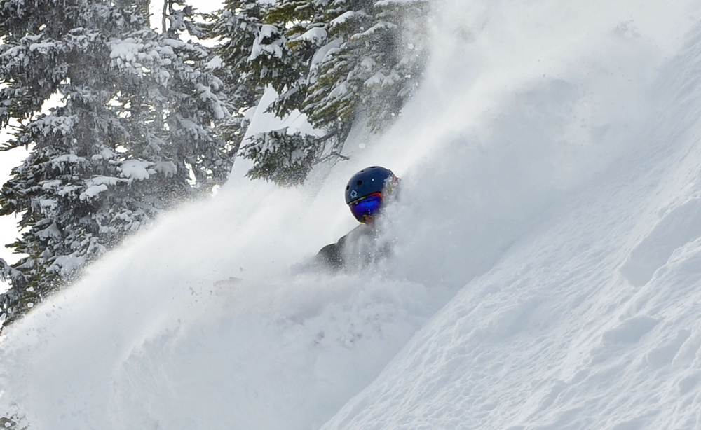 Whistler Blackcomb powder. Photo by Emmanuel Mendes Dos Santos  / <a href=