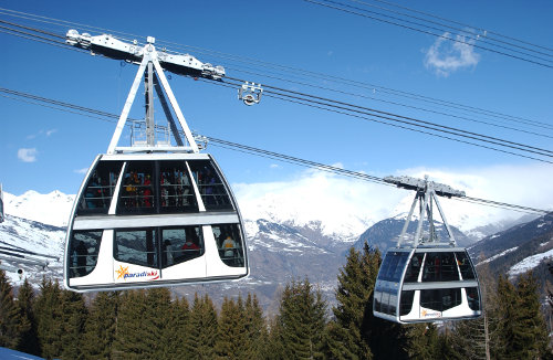 Best ski lifts: the Vanoise Express in Paradiski. - ©Selalp