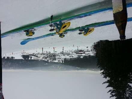 sans grand interet le flan principal constituant la seule partie skiable.