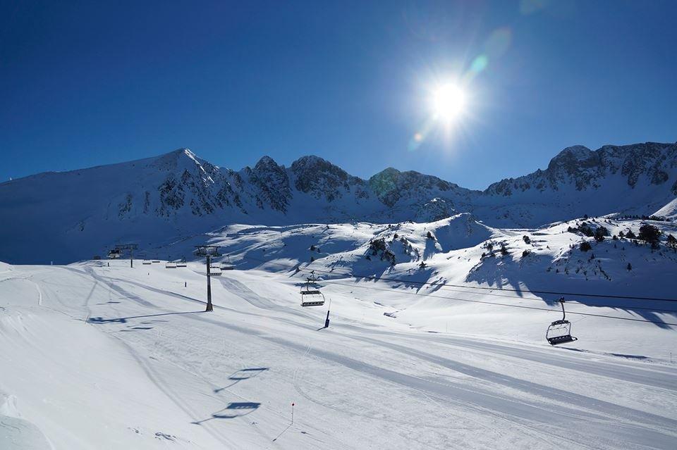 Blue skies and fresh snow for Grandvalira, Andorra Nov. 28, 2013