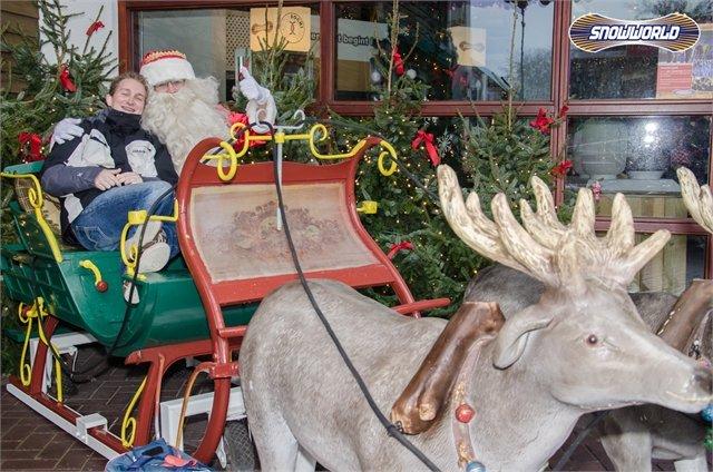 Santa visits Dutch indoor centre SnowWorld - ©SnowWorld