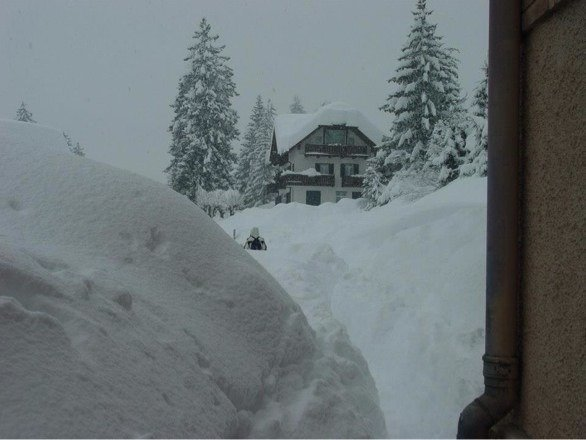 There's 80 cm of fresh snow