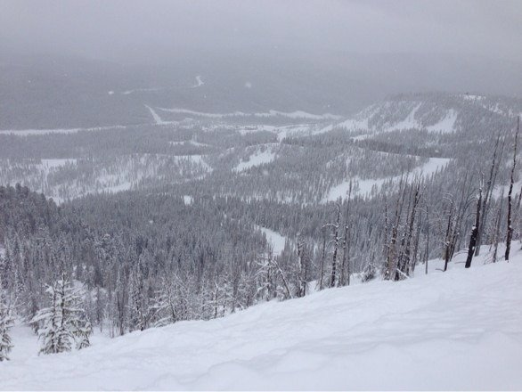 So much new snow! Great conditions last weekend--thank you, Lost Trail, for all of my deep snow experiences!