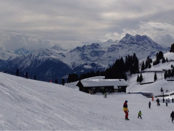 Groomed slopes were great but crowded (Saturday)! Nice ski area!