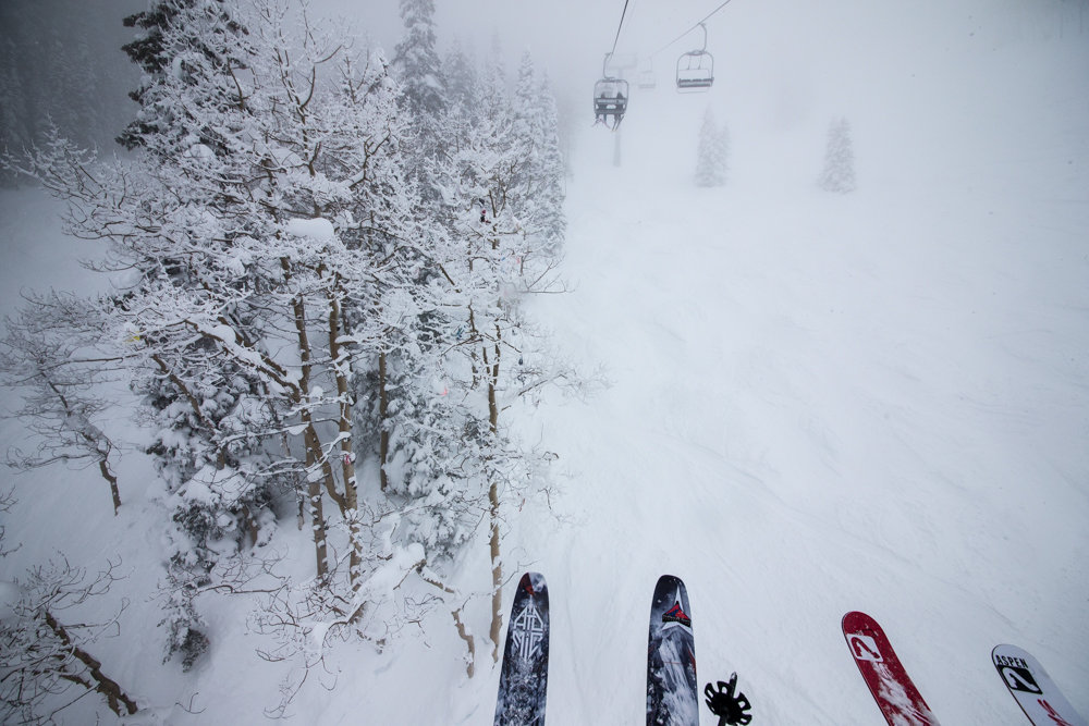 Midweek skiing can be a lonely experience. Nobody said that was a bad thing!