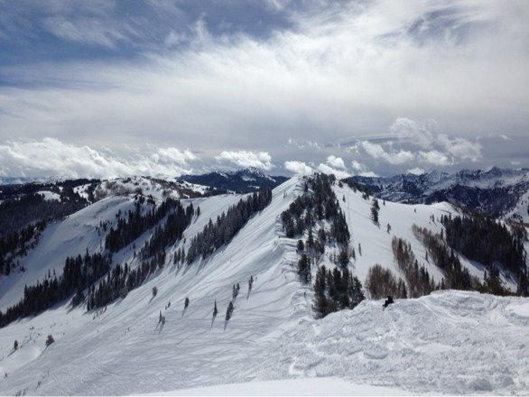 Beautiful day at Canyons. Awesome powder in the morning and into the afternoon. More snow overnight please!