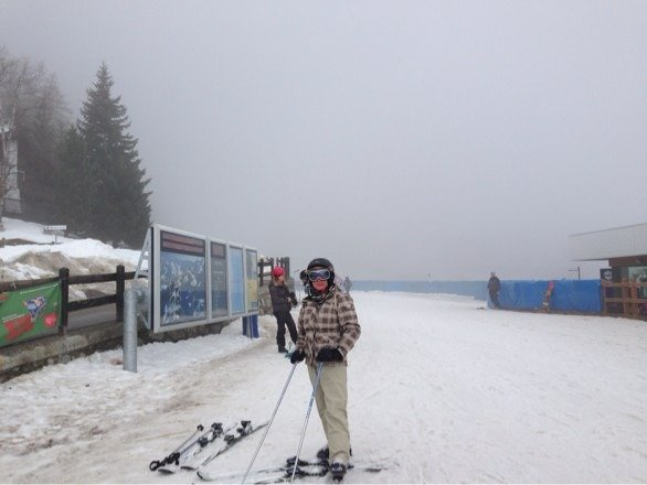 Very overcast day. Snowing hard now, will be a lot of fresh snow for Sunday.