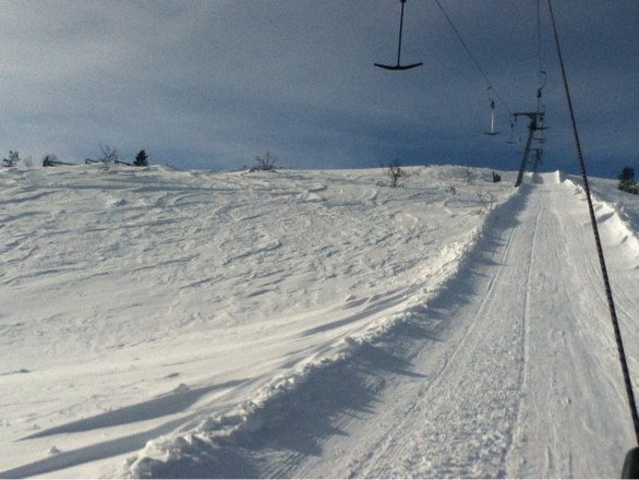The t-bar ran smoothly. I took it up all day to get to the groomed blacks. No issues. Just fun.