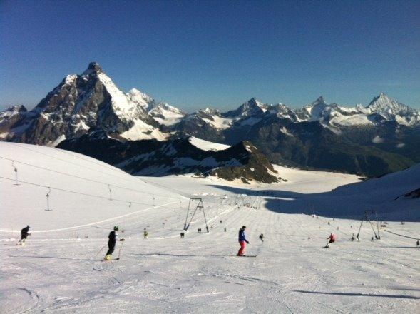 Très belle matinée de ski d'été.