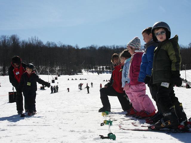 Kids in line at the Shawnee Mountain ski school.