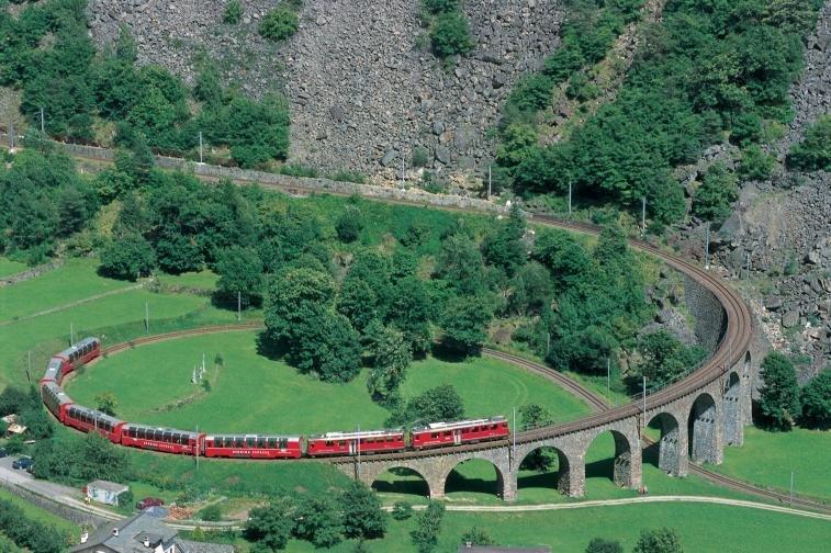 Landmark viaduct in Brusio, Graubuenden - ©Graubünden Ferien