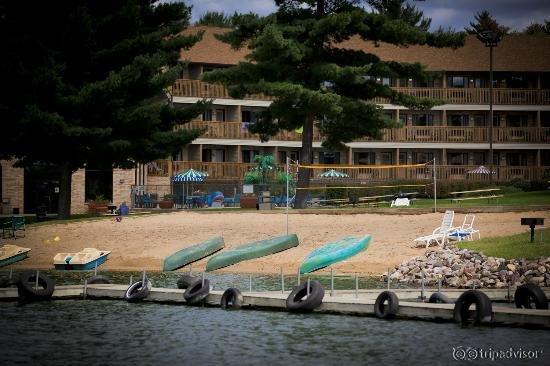 Aloha Beach Resort & Suites