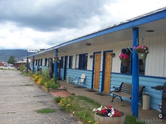 Homestead Motel