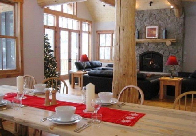 Eagle Lodge dining room, Breckenridge - ©Eagle Lodge