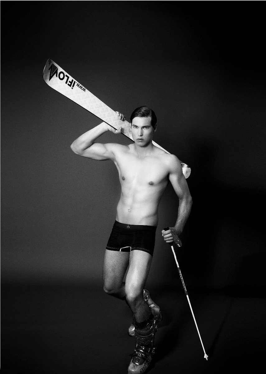2015 Male Ski Instructor Calendar: Mr October - ©Gitta Saxx | www.skilehrerinnen.at