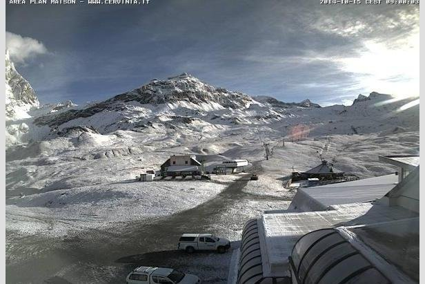Fresh snow in Cervinia, Italy Oct. 15, 2014 - ©Cervinia