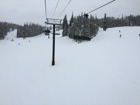 Great day out yesterday, fresh dusting of powder.
