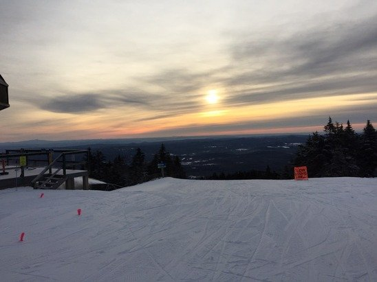 Sunrise on January 3.....great conditions, not as crowded as yesterday....time to rebuild after the ice storm!  The team at mount snow will get it done!