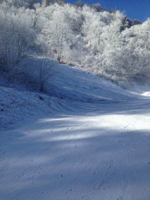 Last night we got some snow and today all the snow machines are working and it's great!!