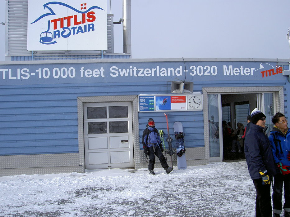 Engelberg -top of the Titlis -Dec 2004 - ©snowbandit @ Skiinfo Lounge