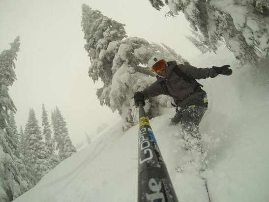 there is good snow for the first 1000 feet of vert off the stoke chair.