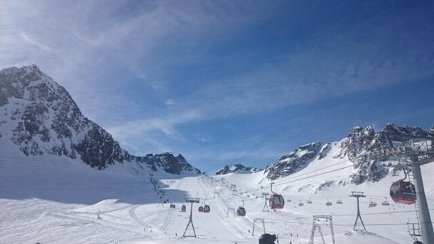 Stubaier Gletscher - lovely weather perfect conditions..