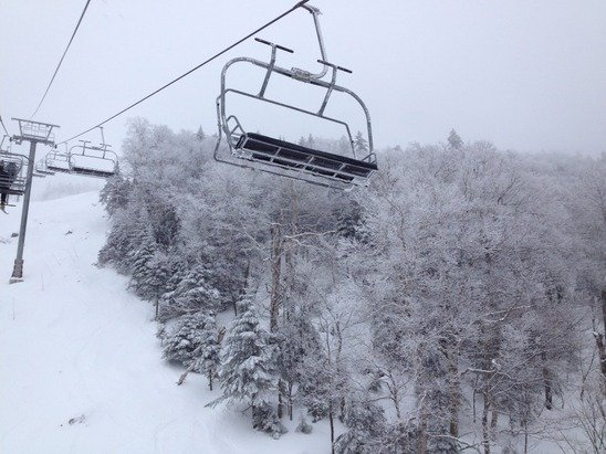 Bolton Valley - Great conditions today.  No ice!   Fresh snow.  And not too cold! - ©Geoffs Iphone