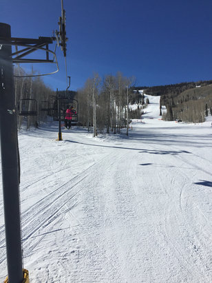 Sunlight Mountain Resort - Snow was great for spring conditions, a little icy in the shade but the groomers and even skiing in the trees wasn't bad! - ©Sean's iPhone