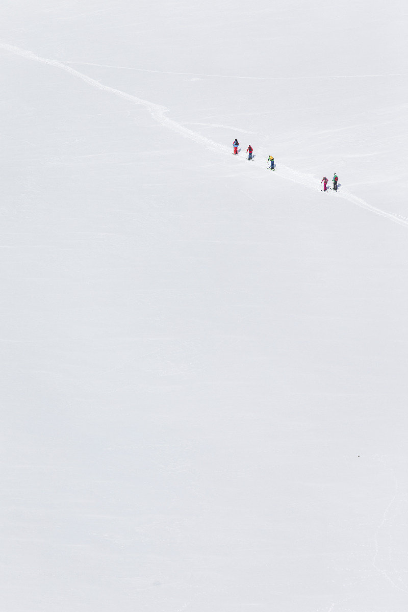 Endlose Weite: Von der Vernigel-Hütte geht es durch das Unteralptal zurück nach Andermatt - ©Christoph Jorda   www.christophjorda.com