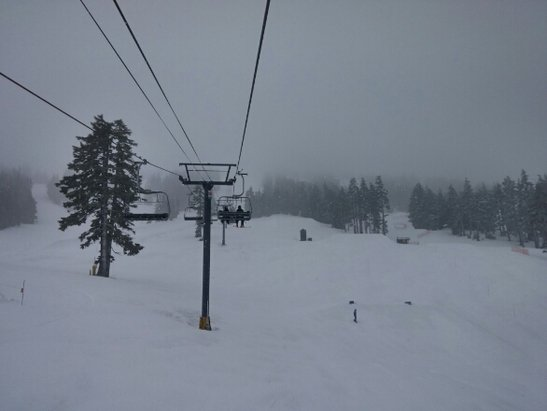 Mt. Bachelor - awesome since noon with freshies