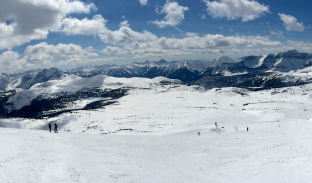 Sunshine Village - Amazing conditions, atop lookout mountain.