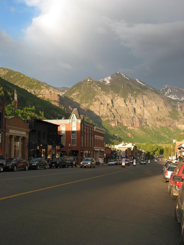 A ground level view of Telluride, CO.