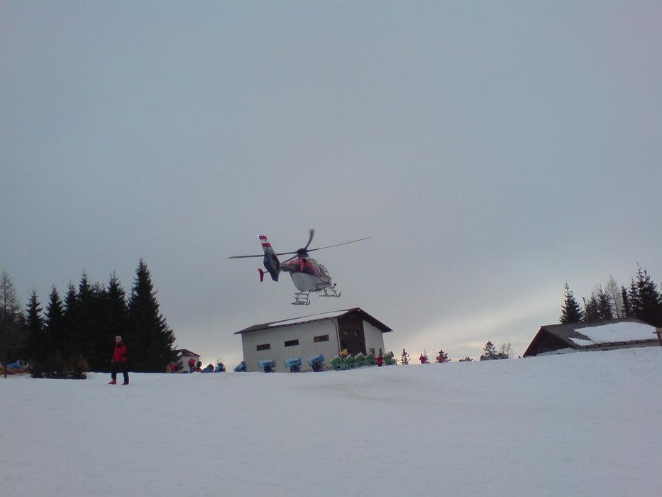 Eins Zwei Polizei - Der Hubschrauber  - ©Martin Lipocky | lipocky @ Skiinfo Lounge