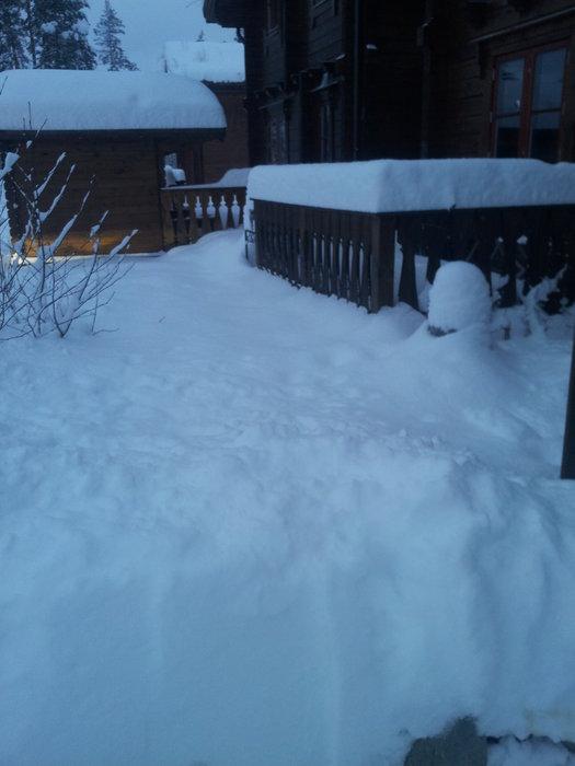 snø - ©NORsnowpowder9 @ Skiinfo Lounge