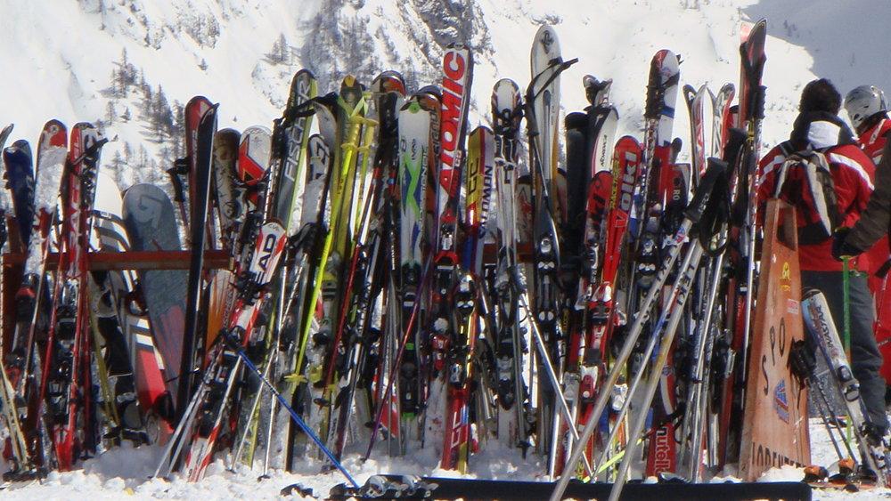 pela kav | skis - ©pela | npk2 @ Skiinfo Lounge