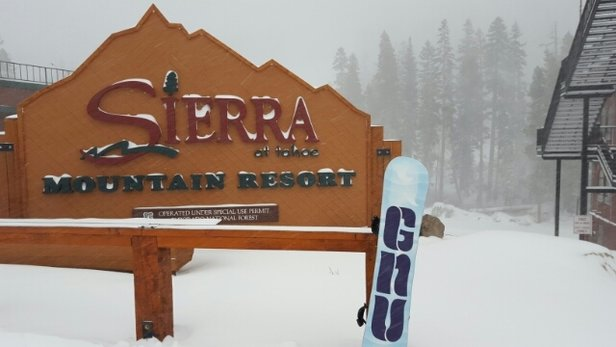 Sierra-at-Tahoe - started as an okay day then the storm came & powder everywhere...good start  - ©validap