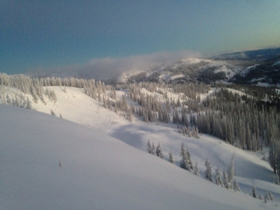 Wolf Creek Ski Area - Blower, bluebird, stable, deep, siiiiiick! - ©Phil Yerimup