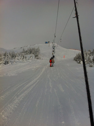 Hudson Bay Mountain - Nice first turns  - ©Vaughn Ellis's iPhone